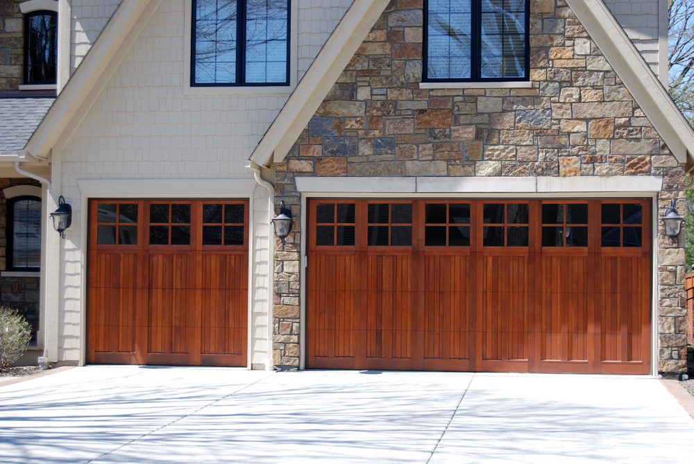 What Should You Look for When Buying a New Garage Door?